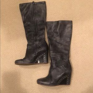 Ugg gray leather boots